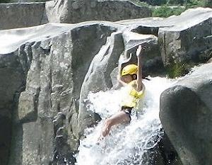 ~遊びの達人と行く~ 魚飛渓天然岩の滑り台にチャレンジ! @ キャンプinn海山~魚飛渓 | 北牟婁郡 | 三重県 | 日本