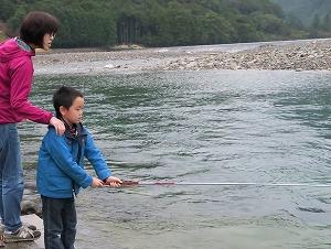 ちょちょいとちょい釣り、銚子川 @ キャンプinn海山前の銚子川 | 北牟婁郡 | 三重県 | 日本