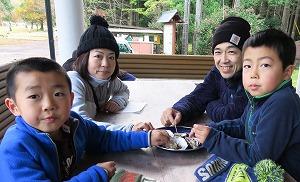 渡利牡蠣の振る舞い @ キャンプinn海山内 | 北牟婁郡 | 三重県 | 日本