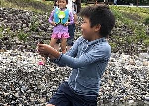 アマゴのつかみどり体験 @ キャンプinn海山センターハウス横 ぴょんぴょん谷   北牟婁郡   三重県   日本